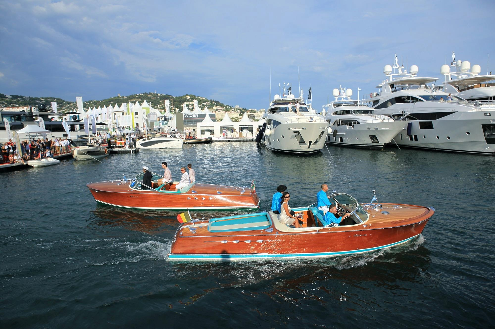 L'INCONTOURNABLE CANNES YACHTING FESTIVAL 2016